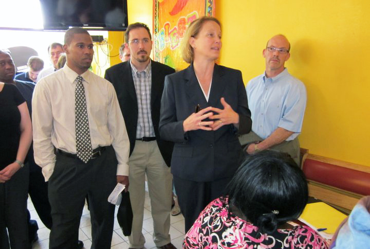 Onondaga Co. Executive Joanne Mahoney speaks with participants of the Start-Up NY/Inclusive Entrepreneurship program.